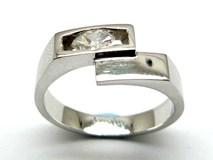 Anillo de oro y diamantes AN1402464