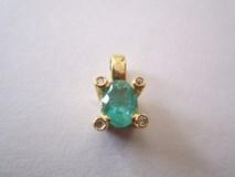 Pendant Emerald and brilliant