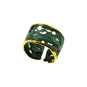 Anillo abierto y amoldable, en bronce, patinado en verde. FP A20-BV Fili Plaza