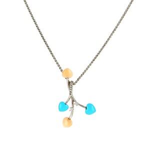 Colgante y cadena oro blanco con turuqesa, coral y brillantes  0940010