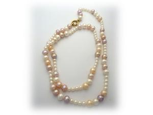 Collar con perlas cultivadas de diferentes tamaños