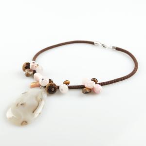 Collar cordón marrón con pendant de ágata BUC271 Patricia Garcia