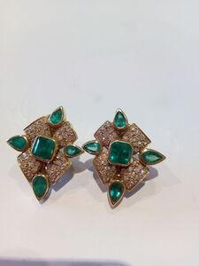 Pendientes Esmeralda y Diamantes en Oro 18 ktes