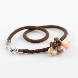Pulsera cordón doble vuelta con pendants de ópalo BUPU269 Patricia Garcia