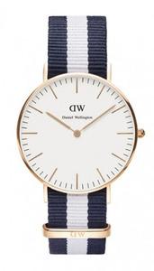 Reloj Daniel Wellington azul blanco 0140DW