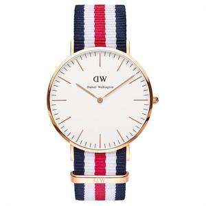 Reloj Daniel Wellington rojo y azul 0102DW