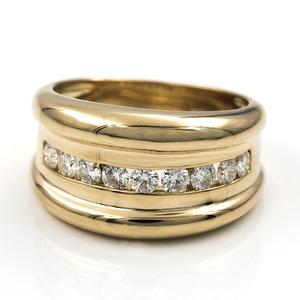 Sortija de oro amarillo con 9 diamantes talla de brillante engastados de 0,90 kts en total - Talla Nº 15 (ES). DSC8170-T