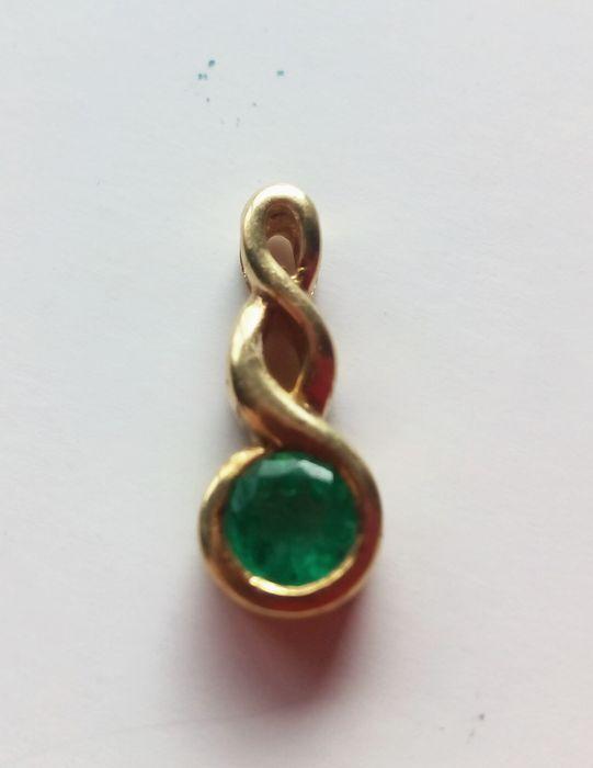 Colgante Esmeralda y Oro 18ktes
