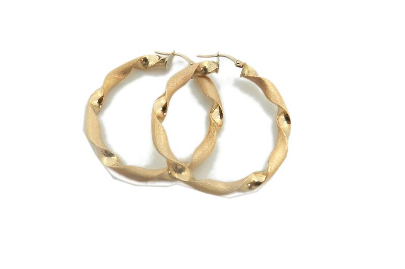 Pendientes de Aros rizados de oro