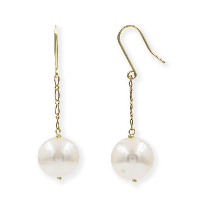 Pendientes de oro amarillo largos y pareja de perlas cultivadas fresh water