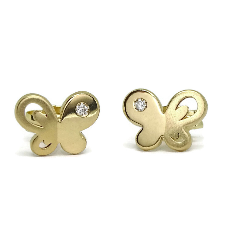 Pendientes con 0.03cts de diamantes y oro amarillo mate y brillo de 18Ktes.  Never say never