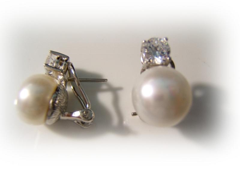 74f1ecda1772 Pendientes tu y yo plata circonita y perla cultivada. Cargando zoom