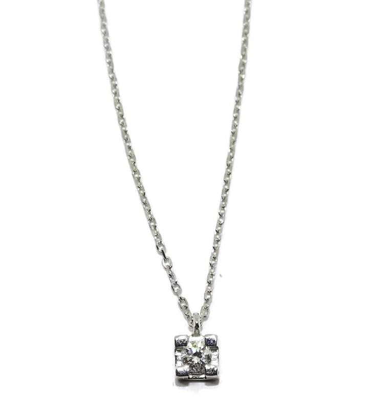 Collar de 0.08cts de diamantes en oro blanco de 18Ktes . 40cm Never say never