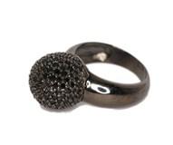 Black stones ring