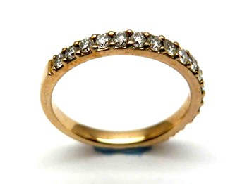 Anillo de oro y diamantes  AN2464498