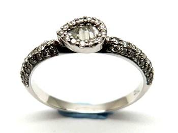 Anillo de oro y diamantes AN1400080