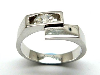 Bague or et diamants AN1402464
