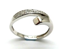 RING OF GOLD AND DIAMONDS AN146855