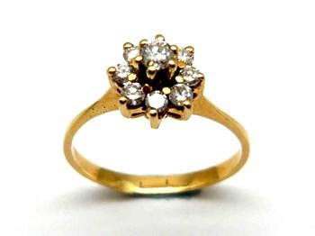 Anillo de oro y diamantes AN2400422