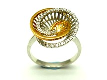 Anillo de oro y diamantes AN3400934