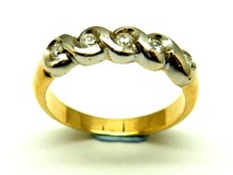 Anillo de oro y diamantes AN3401072