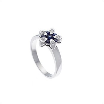 RING IN 18KT WHITE GOLD WITH 0,07 CTS DIAMOND AND 0.40 CT OF NATURAL SAPPHIRE , CRESBER