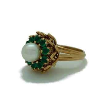 GOLD EMERALD AND PEARL RING