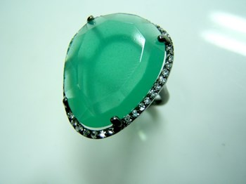 RING SILVER WITH GREEN STONE