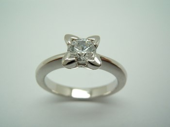 RING SOLITAIRE CUBIC ZIRCONIA AND SILVER B-79 S-53