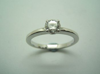 RING SOLITAIRE WITH DIAMOND B-79