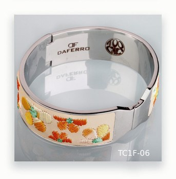 Daferro steel and embroidered leather bracelet
