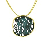 PENDANT IN BRONZE PATINATED IN GREEN, DIMENSIONS 4 X 4 CM FP C20-BV FILI PLAZA
