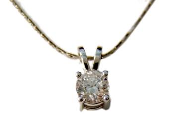 Eternal love diamond pendant
