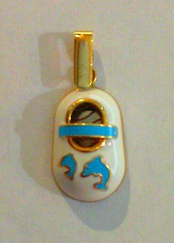 Colgante de oro Patuco azul