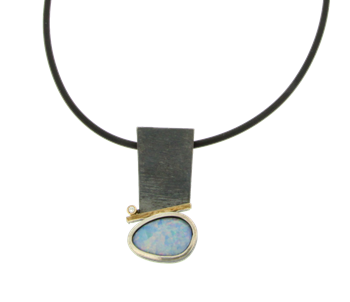 PENDANT OF SILVER AND GOLD WITH DIAMOND