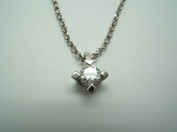 PENDANT WHITE GOLD AND DIAMOND B-79 C-153-C