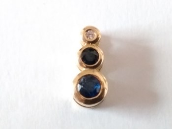 PENDANT SAPPHIRE GOLD AND BRIGHT