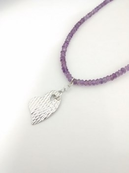 NECKLACE AMETHYST WITH LP1008-1/2 SILVER HEART PENDANT Lotus