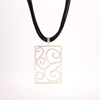 NECKLACE WITH PENDANT RECTANGULAR ORNAMENTED IN SILVER 15 H 7 Stradda 15H7