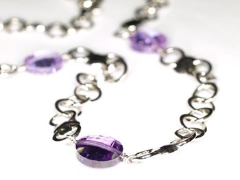 Necklace disc lilas 0096 NUOVEGIOIE