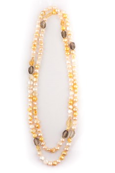 Necklace length 110 cm with cultured pearls and quartz