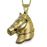 Collar y colgante caballo de diamantes, zafiros y oro amarillo de 18ktes. 40cm Never say never