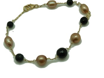 NECKLACE AND BRACELET GOLD ONYX AND PEARL