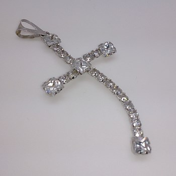 Cross in white gold with stones