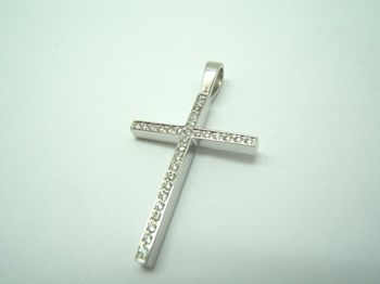 Collar Cruz Oro blanco y diamantes C-187 B-79