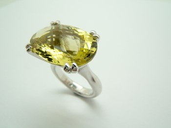 RING SILVER AND QUARTZ LEMON-49/96-18 B-79 A-49/96-18