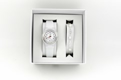 CASE OF WATCH AND BRACELET OF STERLING SILVER BEADS NOWLEY J/103