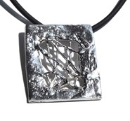 Pendant in silver, the slides collection. 4.5 x 4 cm FP C31 - P Fili Plaza FP C31-P