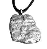 Pendant in silver of the erosion collection. 4 x 4.9 cm FP C14 - P Fili Plaza FP C14-P