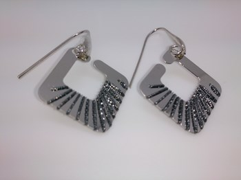 Rhodium-plated Silver Earring